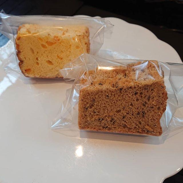 オレンジのシフォンと紅茶のシフォンがございます!#山本有三記念館隣り #三鷹カフェ #シフォンケーキ