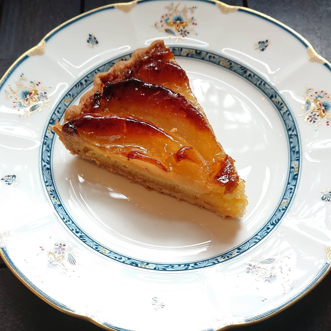 りんごのタルトやレモンケーキ、オレンジシフォンケーキなどもございます!#カフェオランジュ #りんごのタルト #シフォン #山本有三記念館隣 #三鷹カフェ #吉祥寺カフェ