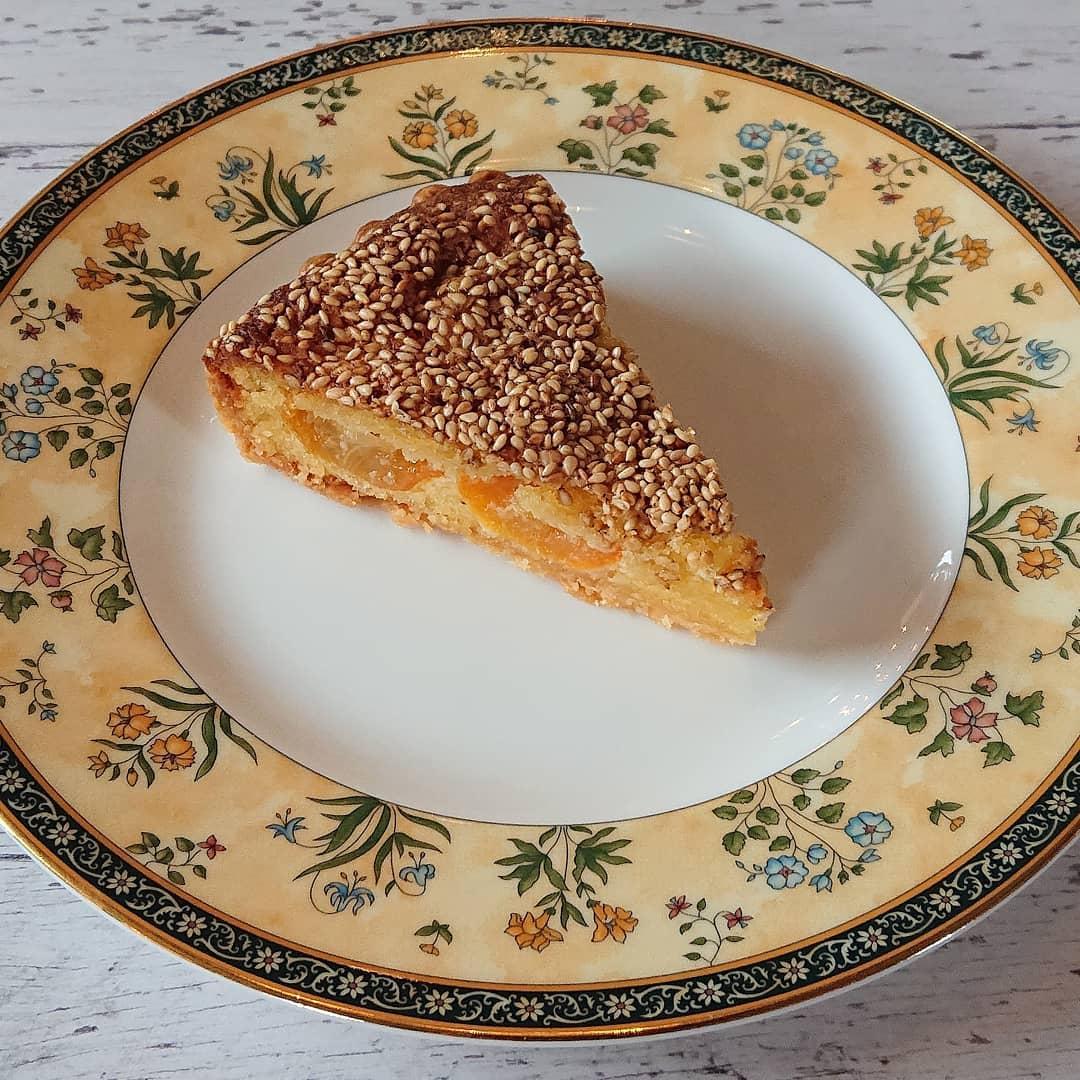 ケーキはきんかんのタルトがございます!#カフェオランジュ #季節のタルト #きんかんのタルト #山本有三記念館隣 #三鷹カフェ #吉祥寺カフェ