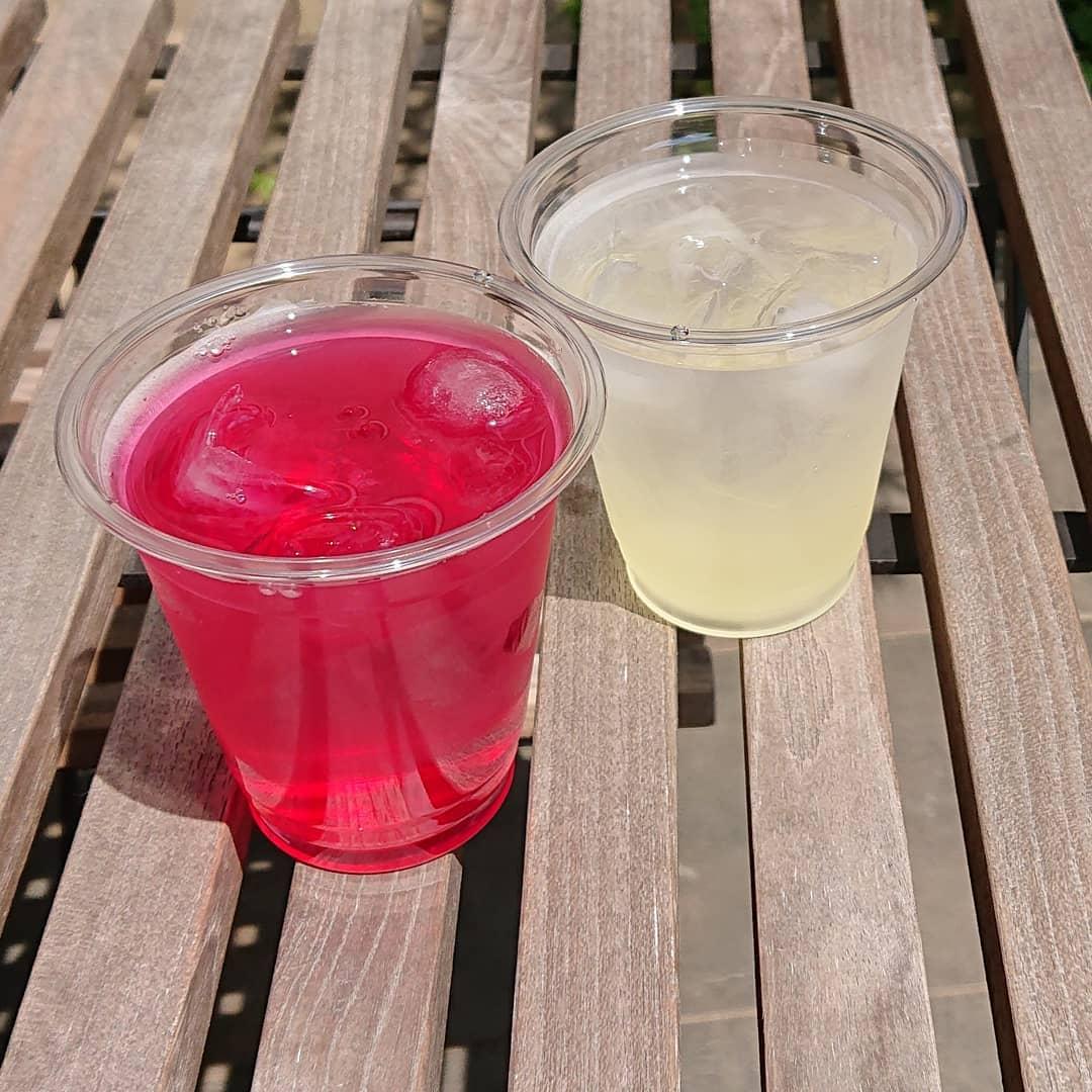 テイクアウトのレモンジュースやしそジュースがございます。炭酸水にも変更できます。#しそジュース #レモンジュース #テイクアウト #カフェオランジュ #風の散歩道 #山本有三記念館隣 #三鷹カフェ #吉祥寺カフェ